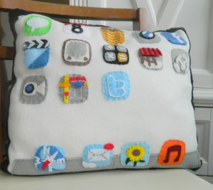iPad Pillow: Mini Pip