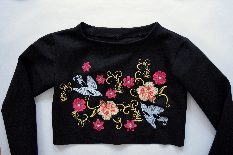 Janome Skyline S9 Embroidered Top - Trish Stitched