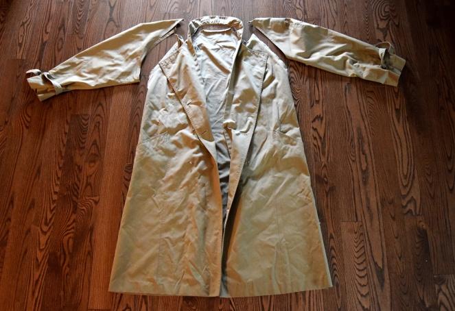 Refashioners 2018 Trench Coat - Trish Stitched